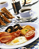 English breakfast: bacon, fried egg and accompaniments
