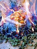Brot mit Cocktailtomaten über Kräuter-Feuer geröstet