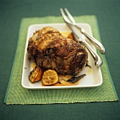 Rolled lamb roast with lemon
