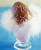 Chocolate egg with the word 'Mum'