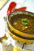 Leshta s chesun (Bulgarian lentil soup with garlic)