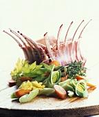 Schweinekarree mit Gemüse (roh)