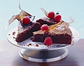 Torta di cioccolato (Chocolate cake with raspberries, Italy)