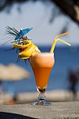 Beach Kiss (Vodka cocktail with peach)