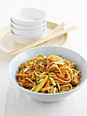Fried egg noodles with tofu and vegetables (China)