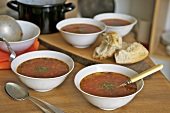 Tomato and flageolet bean soup in four dishes