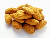 Almonds, unshelled