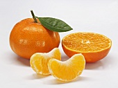 Mandarins, whole, halved and in segments