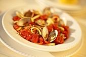 Clams and Fettuccini with Italian Tomato Sauce