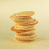 Stacked paper baking cups