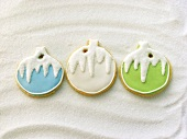 Decorated biscuits (Christmas baubles) as tree ornaments