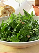 Mangetout salad with cress and bacon; white bread