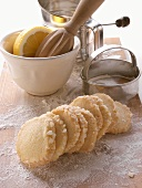 Heidesand biscuits with granulated sugar edge; baking utensils