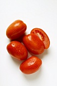 Plum tomatoes with drops of water