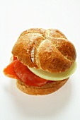 Bread roll with smoked salmon and onion