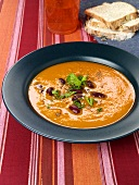 Pumpkin soup with kidney beans
