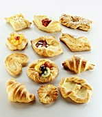 Sweet puff pastries with and without fruit