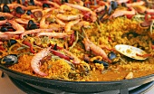 Paella in frying pan (close-up)