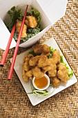 Asiatische Chicken Nuggets mit Aprikosensauce zum Mitnehmen