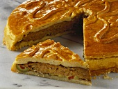 Meat pie, a piece cut
