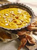 Shrimp curry with bananas