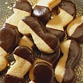 Ischler biscuits (Filled almond biscuits, Austria)