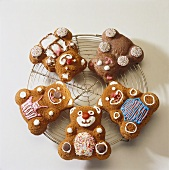 Four chocolate bears (sponge mixture)