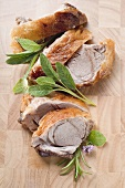 Roast shoulder of lamb, in slices