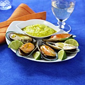 Mussels with vegetable dip