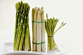 Three sorts of asparagus (green, white and wild)