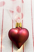Heart-shaped Christmas tree ornament
