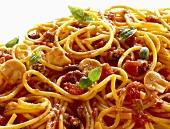 Spaghetti bolognese with mushrooms