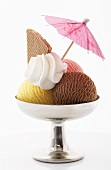 Ice cream sundae (Neapolitan style) with cream