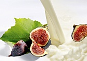 Milk and fresh figs