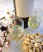 Almonds with grated cheese, white wine