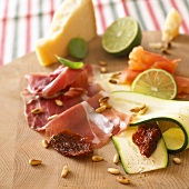 Ingredients: ham, courgette, dried tomatoes, pine nuts
