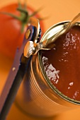 Tinned tomatoes (close-up)