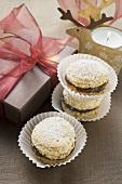 Christmas biscuits with chocolate filling
