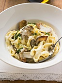 Tagliatelle with ceps, herbs and cream sauce