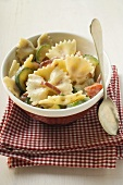 Farfalle with courgettes and ham