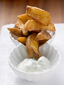Potato wedges with yoghurt dip