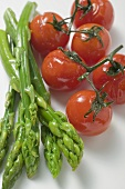 Green asparagus and cherry tomatoes, roasted
