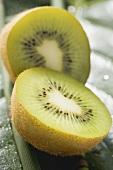 Kiwi fruit, halved