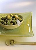 Wasabi peas (healthy Asian nibbles)