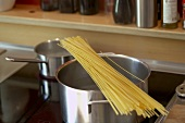 Spaghetti on a pan on a cooker