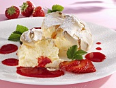 Salzburger Nockerl (Austrian meringue dessert), strawberry sauce