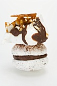 Meringue with chocolate & nut brittle, chocolate-filled macaron