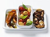 Antipasti (Pilze, eingelegtes Gemüse)