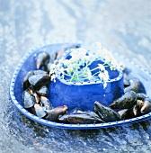 Mussels in a blue dish