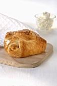 Quark pasty (kolache) with icing sugar